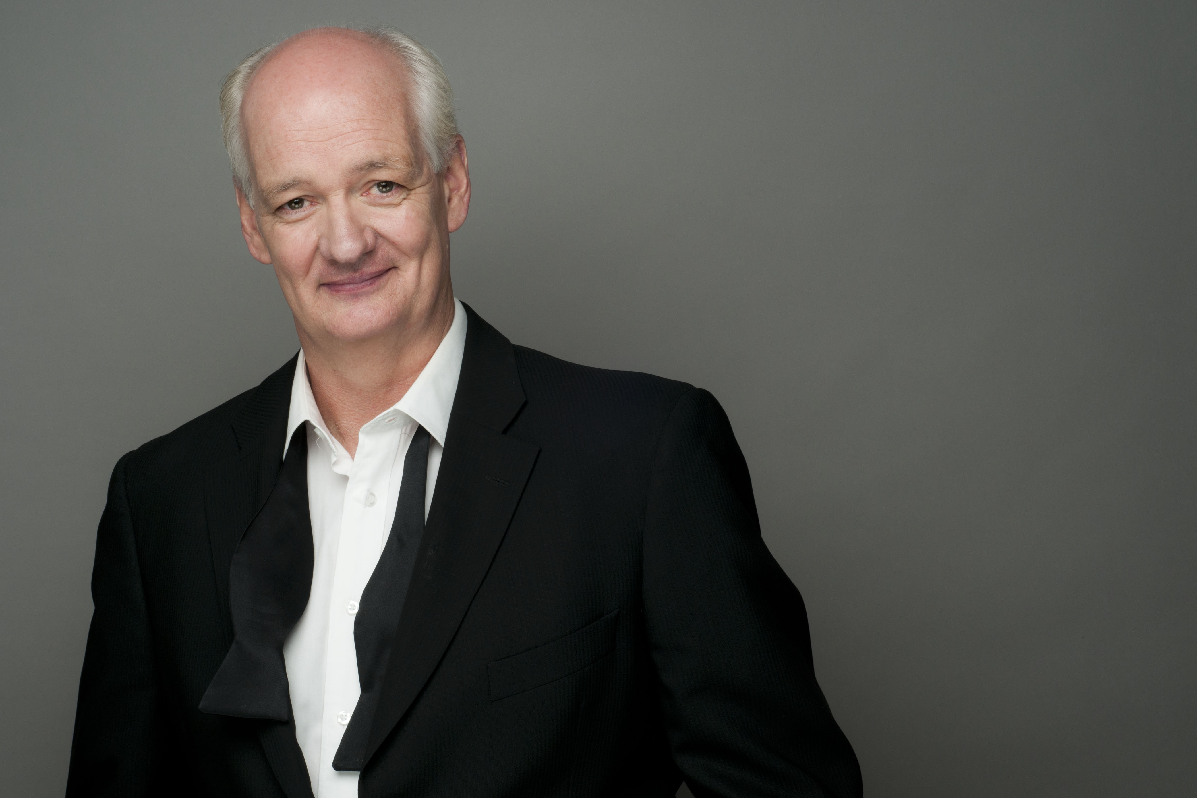 Watch Colin Mochrie video